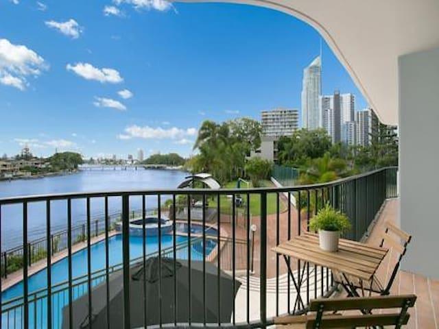 Surfers Paradise River front - Surfers Paradise - Apartment