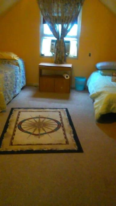Quartos con 3 camas quartos compartidos