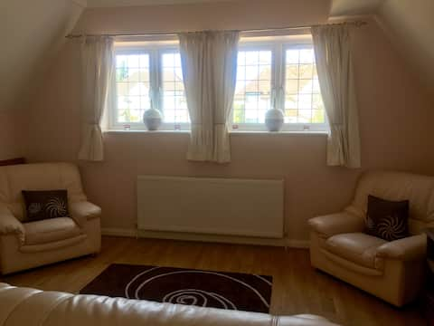 2 bed flat 30 mins central London