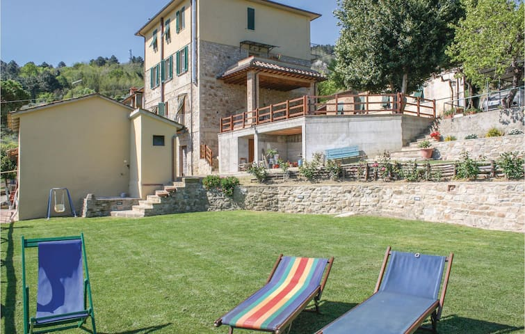 Holiday apartment with 3 bedrooms on 100 m² in Chianni -PI-