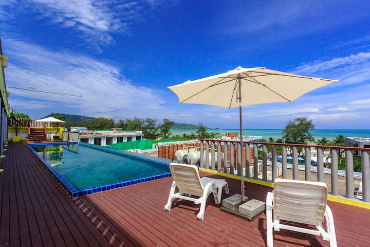 7Q Patong Beach-Superior Twin Room