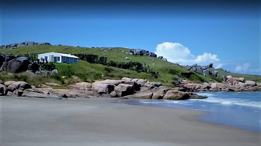 A casa vista da praia