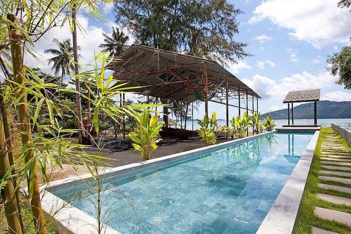 Friendship Villa No.7   2 Bed Beachfront Pool - Phuket - Villa