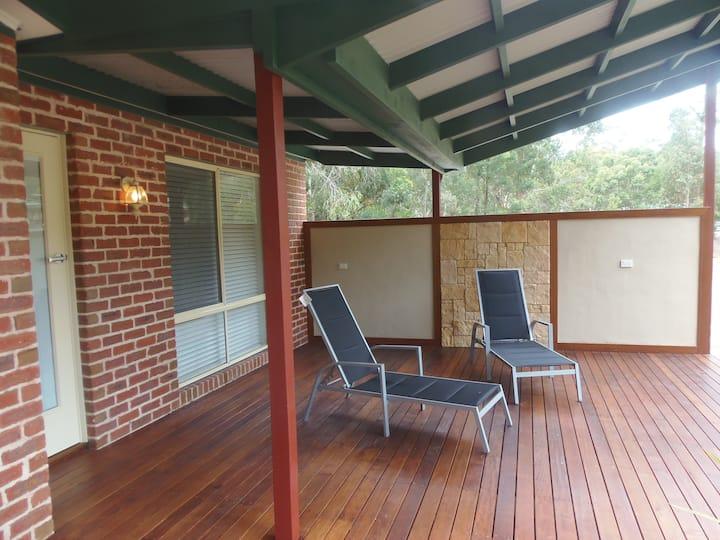 Kangaroo Spa Villa, luxurious