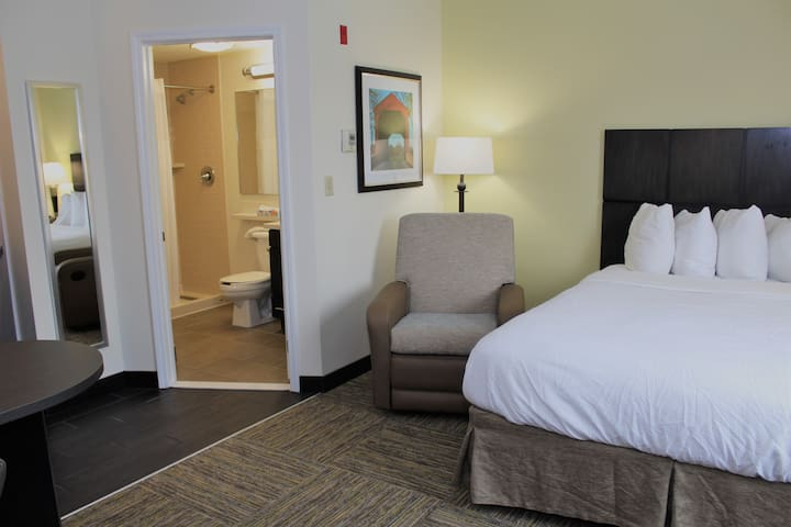Studio Suite-Candlewood Suites, East Syracuse NY
