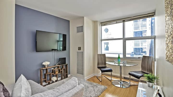 Professionally-cleaned 1BD condo in downtown Boston
