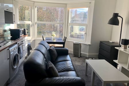Prime location one-bedroom flat in Hove