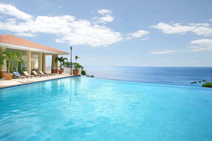 Villa iL Moure | Luxury Vacation | Pool Is Open