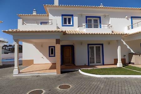 3 Bedroom Villa in Foz Do Arelho/ Obidos lagoon