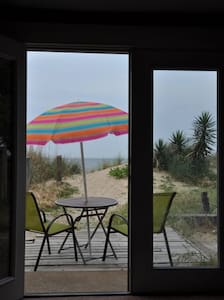 STAY ON THE BEACH!  BEACH Bungalo! Beachfront! - Norfolk