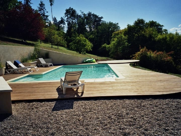Dordogne. Beautiful large house with private pool.