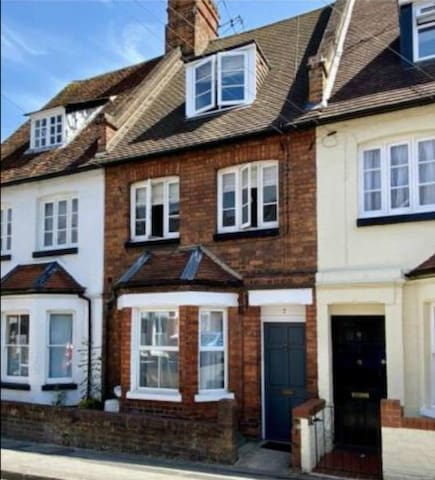 Two bed Apartment in the heart of Henley on Thames