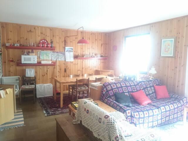 Oga (Bormio) casa in chalet con ampio giardino - Oga - Cabin