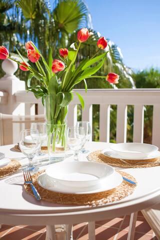 Almuerzos Luminosos y relajados