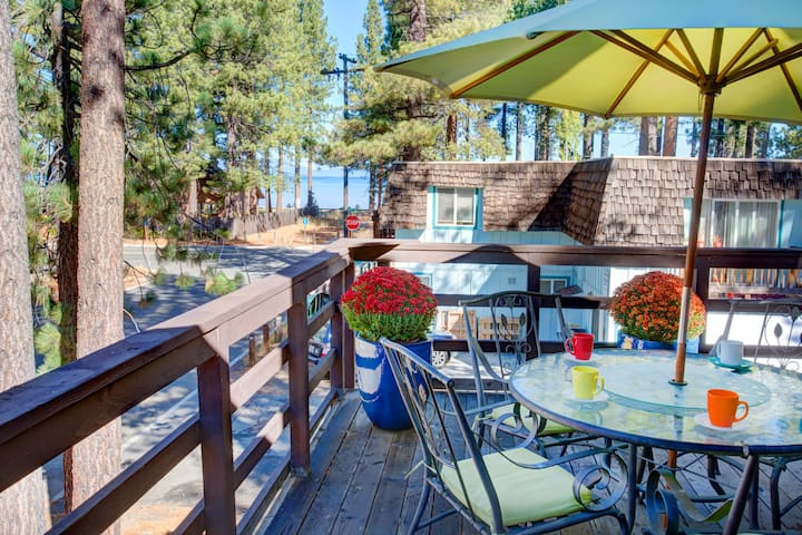 Lakeview Merced House - 1 block to Lake Tahoe!