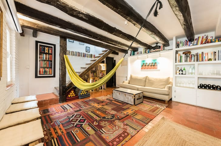 Historic penthouse duplex with terrace near Sol - Madrid - Wohnung
