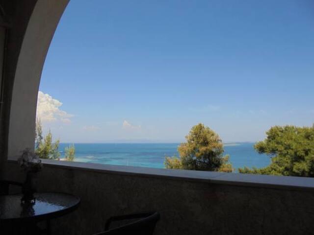 "the absolute view ""Agistri Island Dream''No 2 apt."