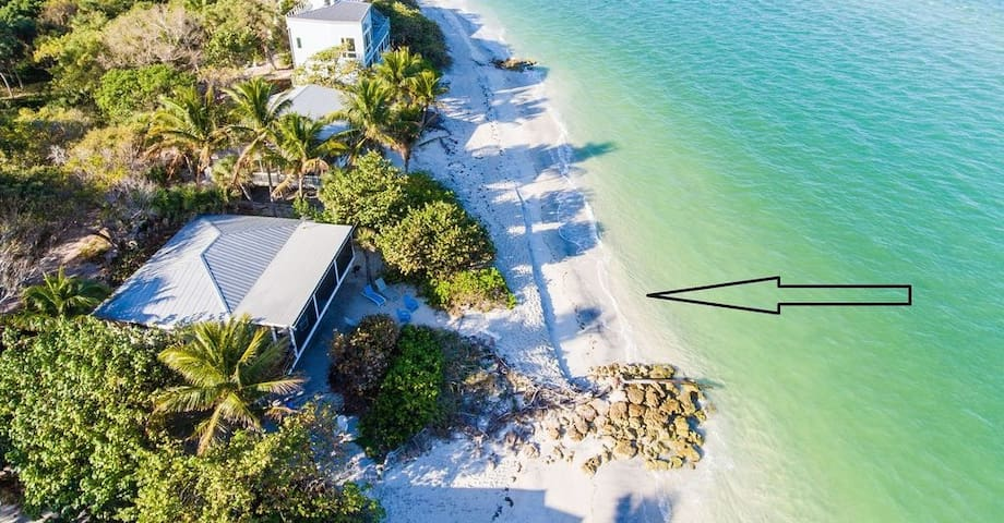 SUMMER SPECIALS! PRIVATE BEACHFRONT ISLAND HOUSE