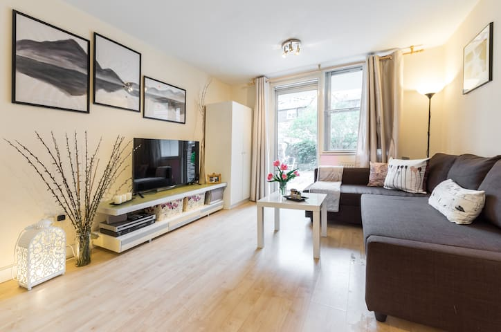 Brilliant Barbican 2Bed with Beautiful Green Oasis