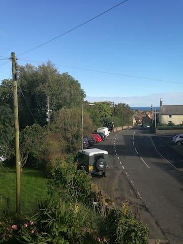 Holiday Home, sleeps 8, Coldingham Village