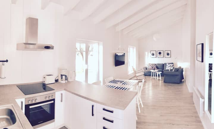 NEW 2017 - lovely little holiday cottage