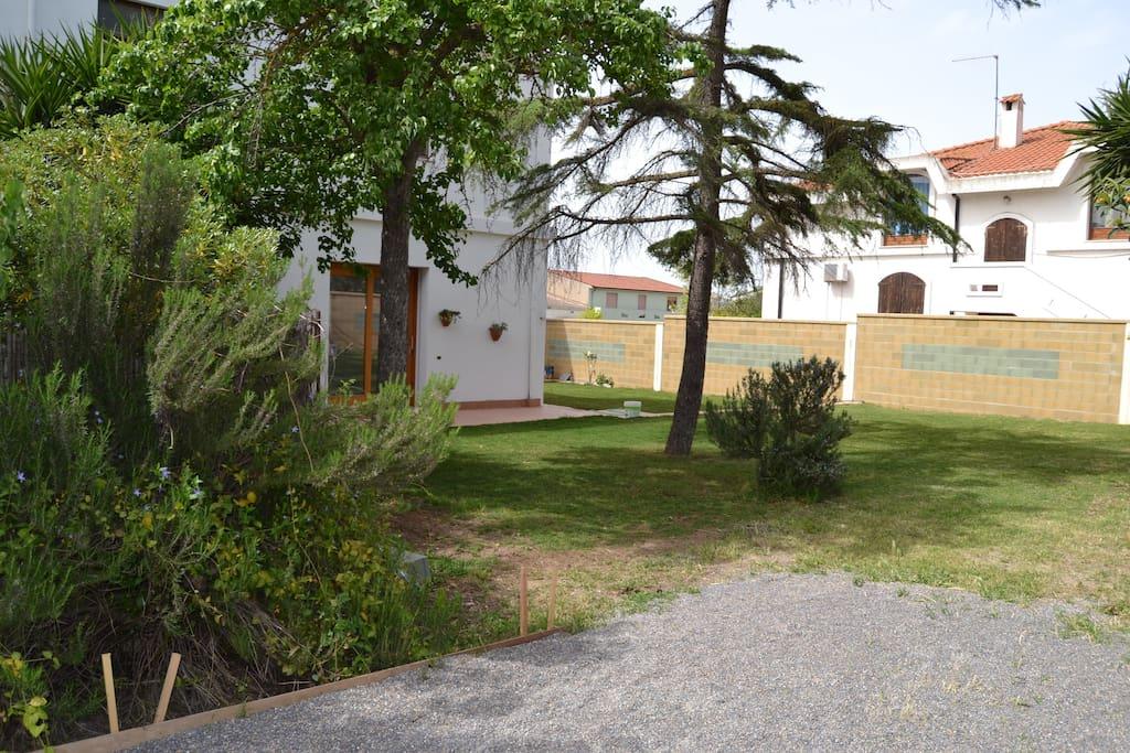 Casa con ampio giardino sulcis case in affitto a giba - Case con giardino in affitto ...