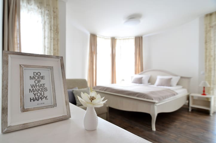 KATERINA guest house