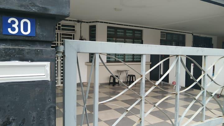 Homestay Bajet AA Bandar IOI Segamat