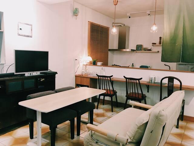 公共開放空間-電視 空調 廚房 餐桌 吧檯