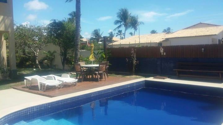 Quarto triplo, piscina, praia, café da manhã