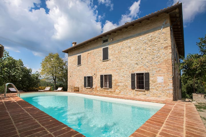 Luxurious Villa in Tabiano Castello with Swimming Pool