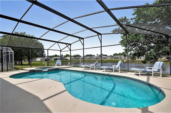 Close to Disney and Highways/Open Water View