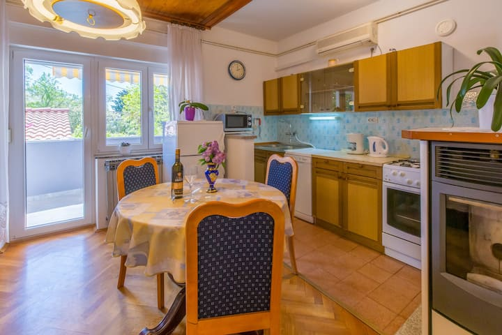 One bedroom Apartment, in Selce (Crikvenica), Balcony