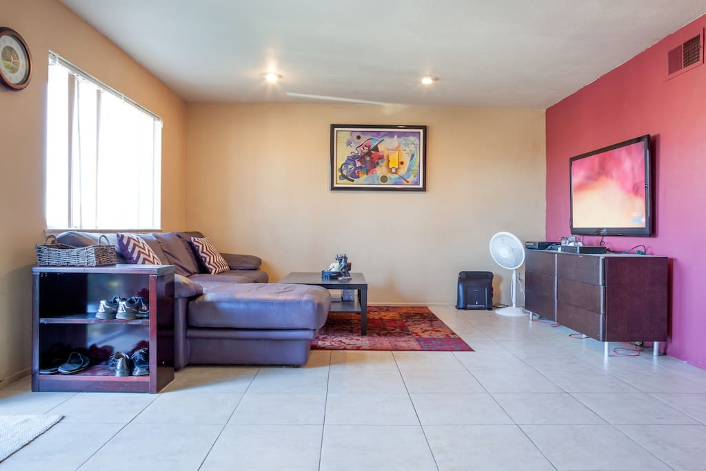 Living Rooms - Large couch, big Plasma Tv, Clean and Nice