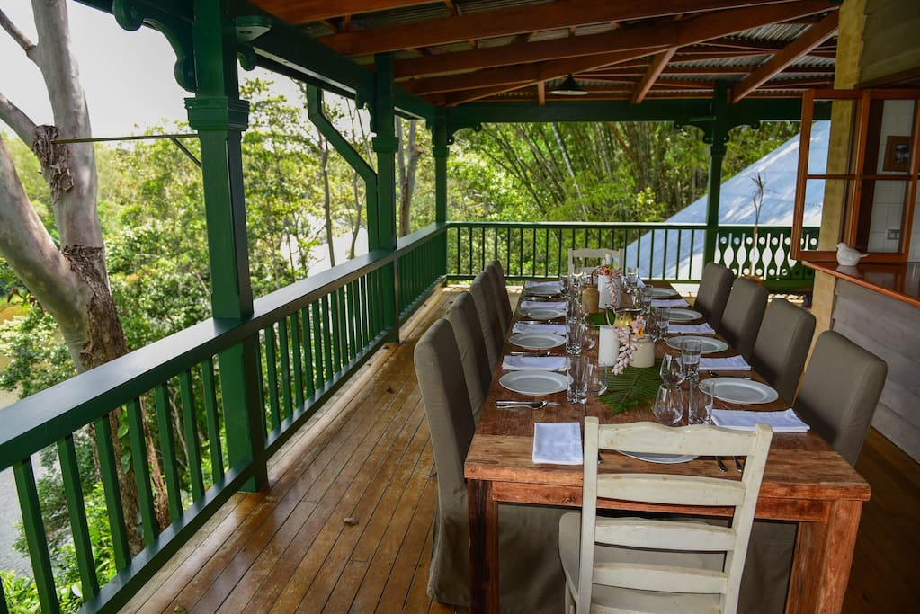 Make the most of your stay and enjoy a meal outside on the veranda.