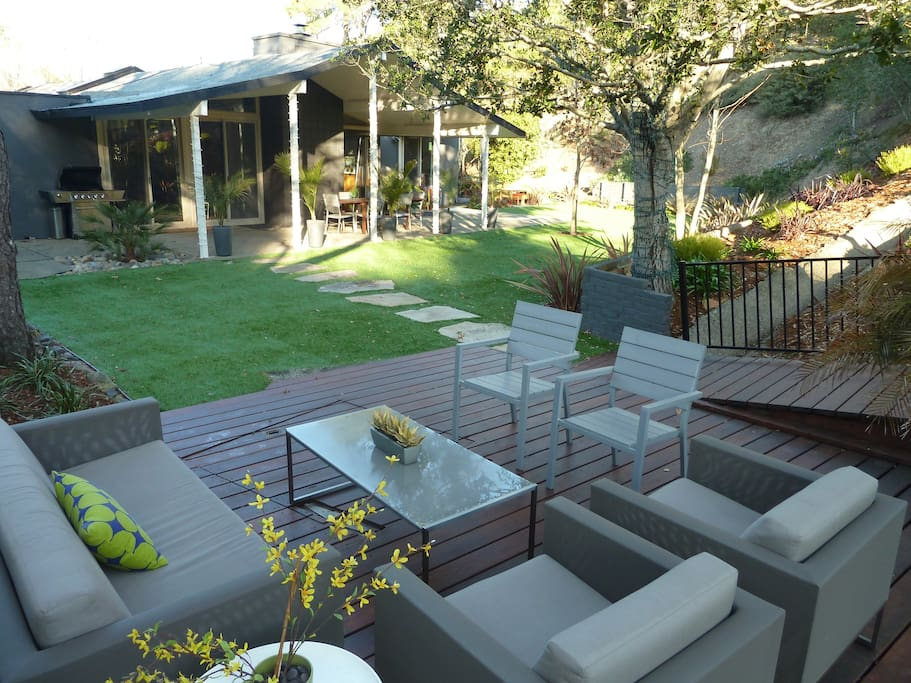Spa-like backyard opens up to Lucas Valley open space preserve