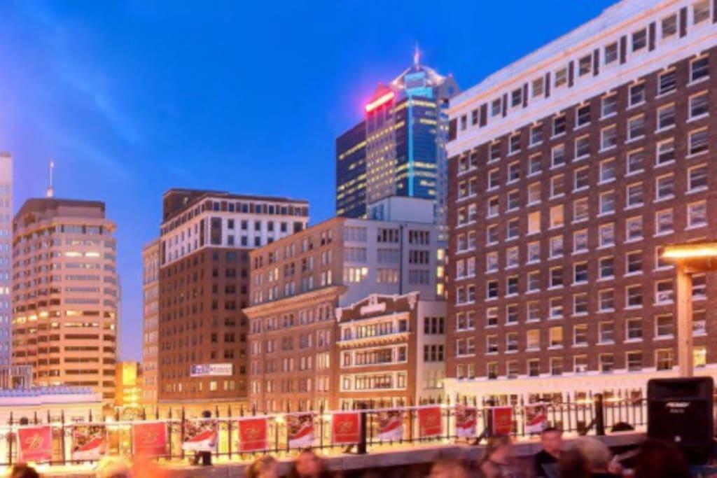 Airbnb Downtown Kansas City