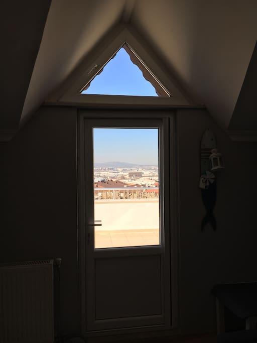 Room terrace view / İçeriden odanın kapısı ve manzara