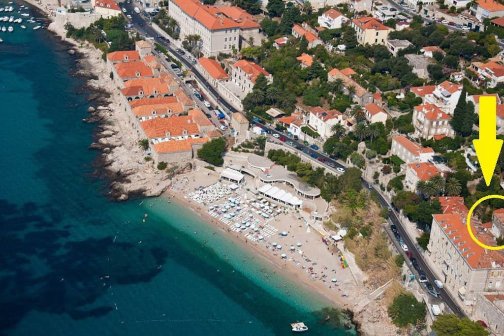 The beach with the best view in Dubrovnik is just 30 meters downstairs! If you want to swim or sunbathe everyday with the view to the Old Town, beautiful natural reserve island Lokrum, then our apartment is the best location for it!