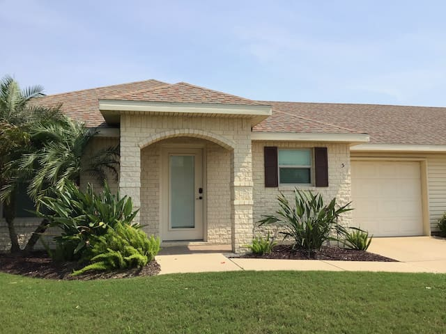 Beautiful Casita at the Golf Course~5BH