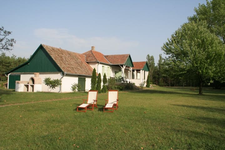 Charming Cottage in Countryside - Csengőd - Kabin