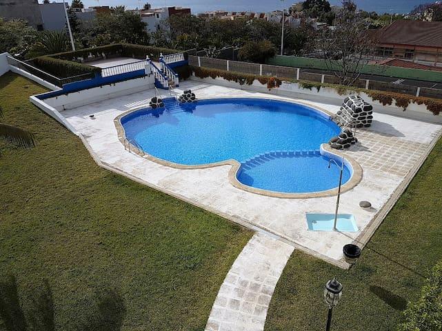 KLEINE CARINA, habitacion doble con baño - Puerto de la Cruz - Penzion (B&B)