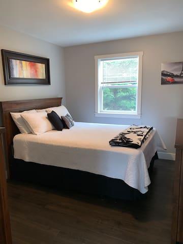 Bedroom 1 , with queen Size bed.