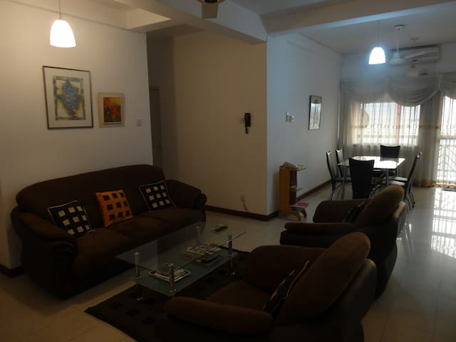 Apartment with Panoramic Colombo City View - Colombo - Wohnung