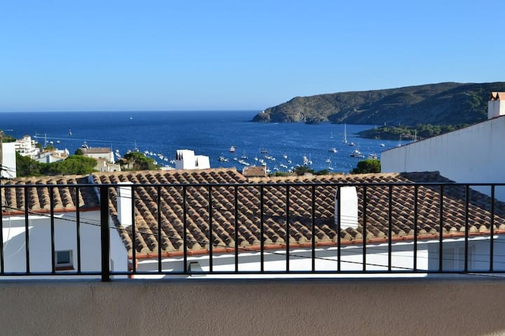 101.32_Apartment with 3 bedrooms, parking place and terrase with sea views