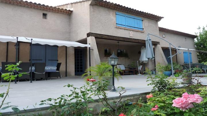 Haut de villa près d'Aix-en-Provence