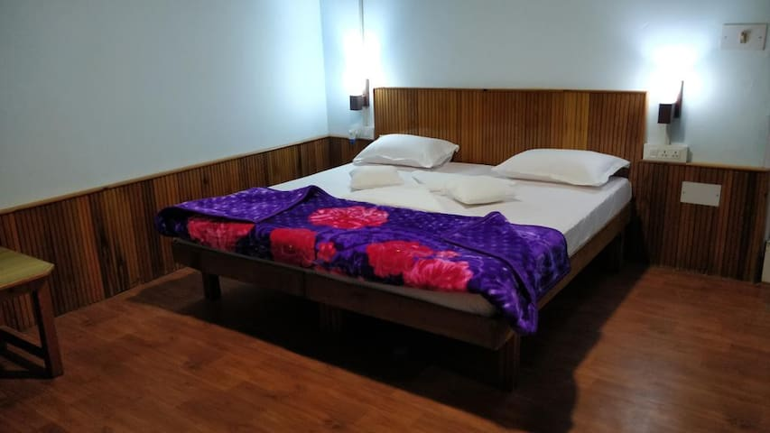 Deluxe Private Room by Moustache Manali