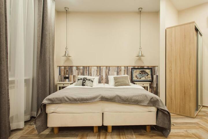 Хорошая комната для 2х недалеко от аэропорта