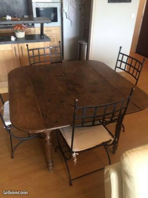 Table de sejour avec rallonges