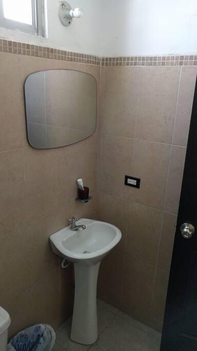 Baño privado / Private bathroom